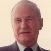 Earl Mott